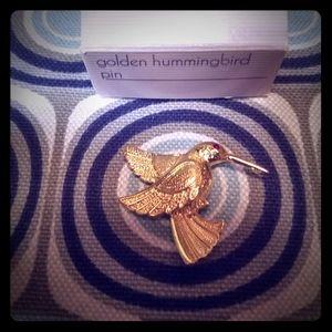 NIB Vintage Avon Golden Hummingbird Pin